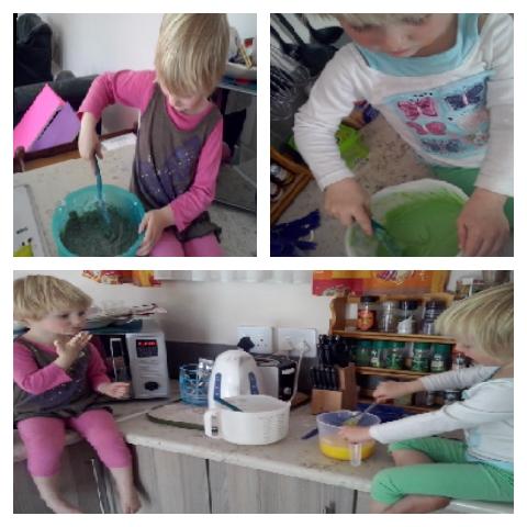 Lala en Bekkie help koek bak